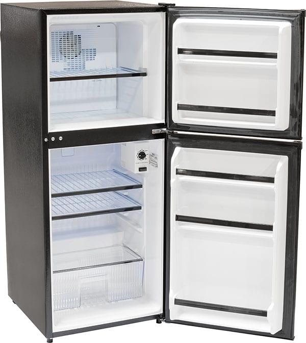 Apt-Size 4.8 cu.ft. Refrigerator-Freezer - ARD482F